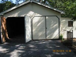 1208 Henderson Avenue, Rossville, GA 30741