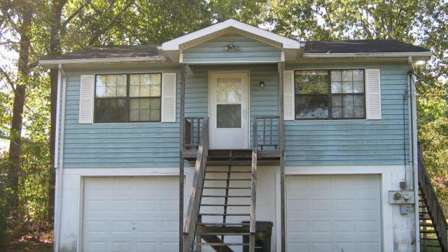 93 Smith Ln, Rossville, GA 30741