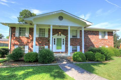 8106 Angie Dr, Chattanooga, TN 37421