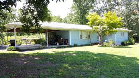 11 Williams Ln, Rossville, GA 30741