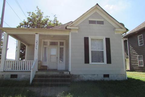 2314 E 14th St, Chattanooga, TN 37404