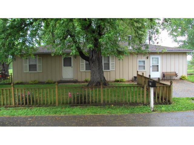 308 N Hudson St, Buckner MO 64016