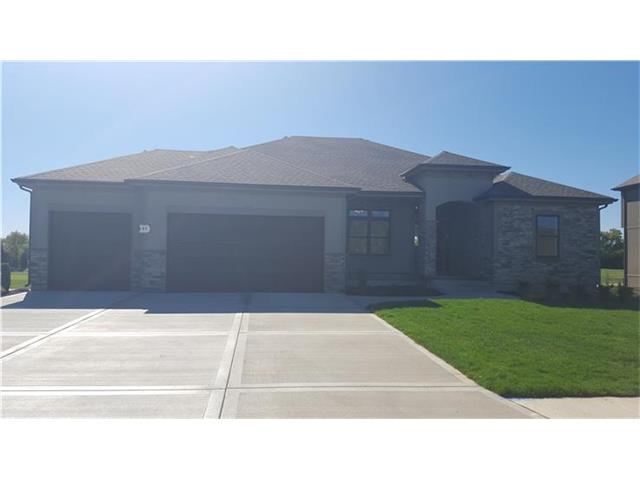 4316 S Stone Canyon Dr, Blue Springs, MO
