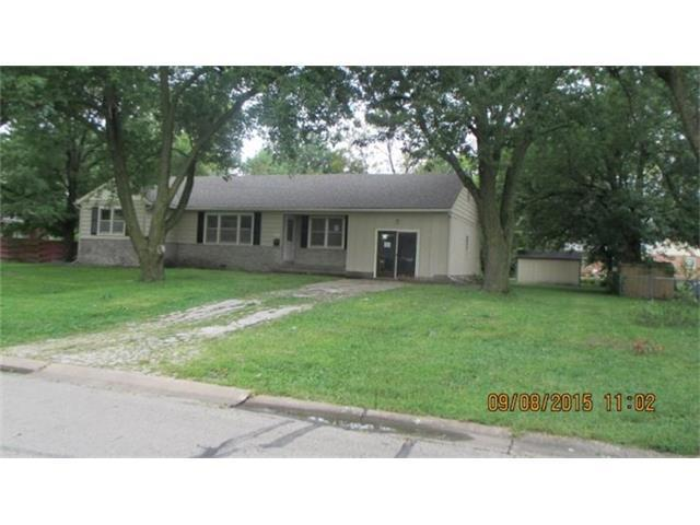 214 N Walnut St, Gardner KS 66030