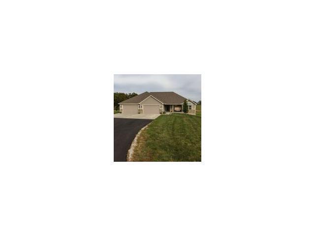 2619 N Hoover Rd, Buckner MO 64016