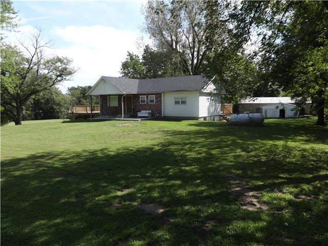 31003 E Burgess Rd, Buckner MO 64016