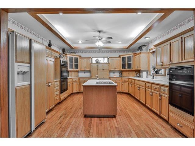 538 N Elm St, Gardner KS 66030