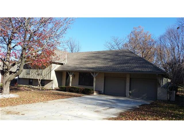1212 NW 5th Ter, Blue Springs, MO