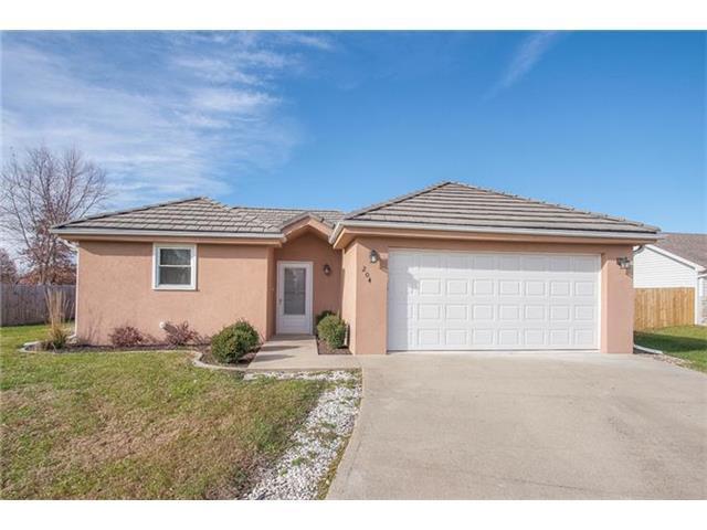 204 Kirby Rd, Grain Valley MO 64029