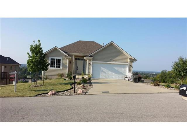 804 SW Hill Top Ct, Grain Valley MO 64029