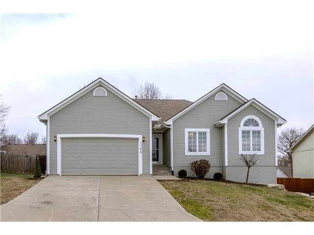 1106 NW Scenic Dr, Grain Valley MO 64029