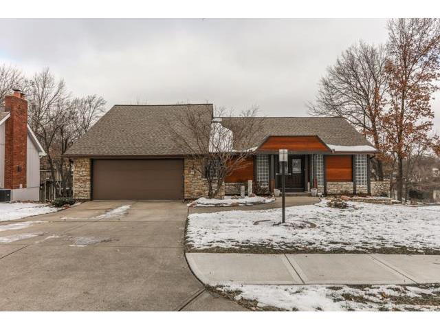 8172 NW Twin Oaks Dr, Kansas City MO 64151