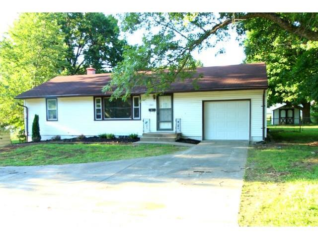 12217 E 47th St, Independence MO 64055