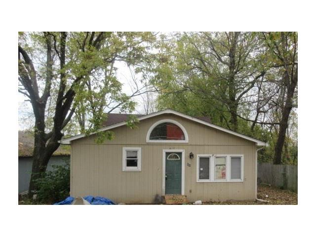 506 E Lexington Ave, Independence MO 64050
