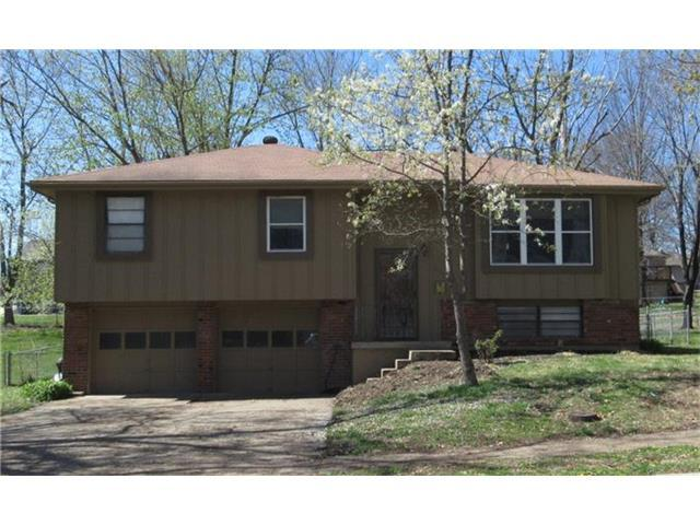 409 SW 24th St, Blue Springs MO 64015