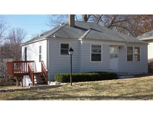 633 NE Greenfield Rd, Kansas City, MO