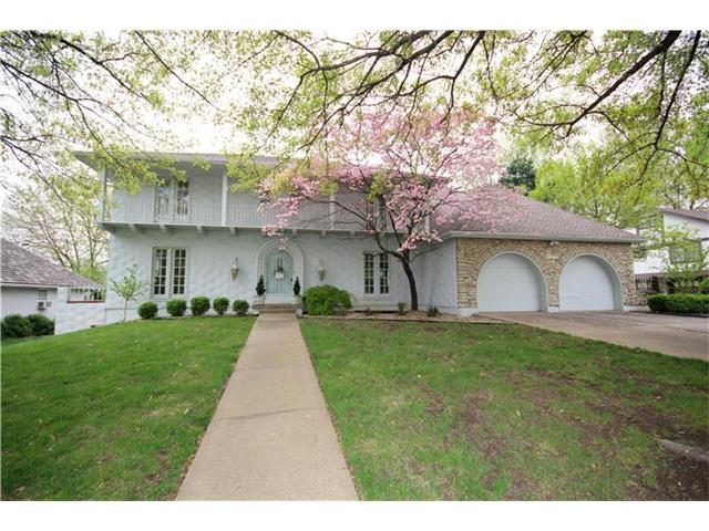 1316 NW 3rd St, Blue Springs MO 64014