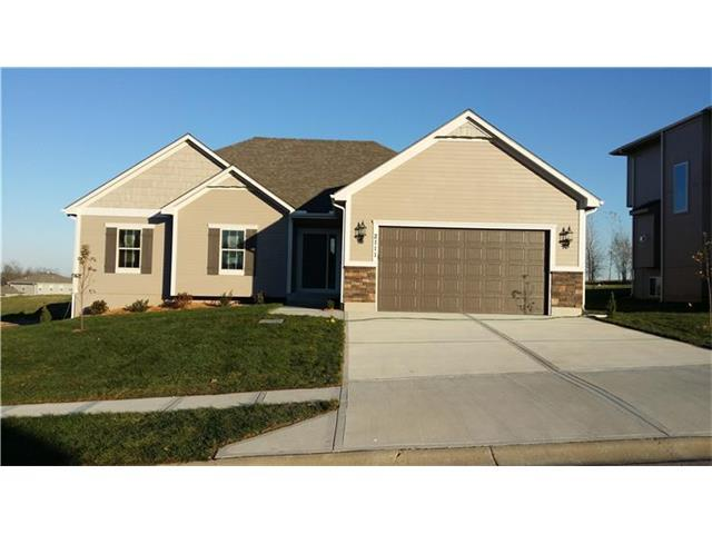 909 NW Persimmon Ct, Grain Valley MO 64029