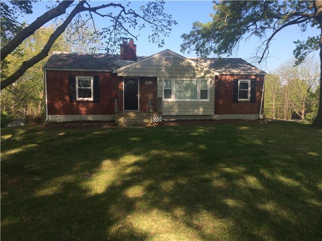 6002 N Lenox Ave, Kansas City MO 64151