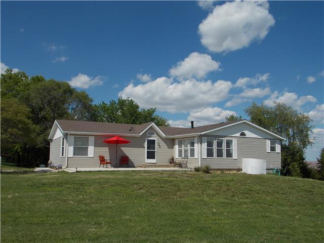 17864 274th Rd, Atchison, KS