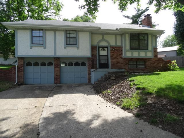 3012 SW Moore St Blue Springs, MO 64015
