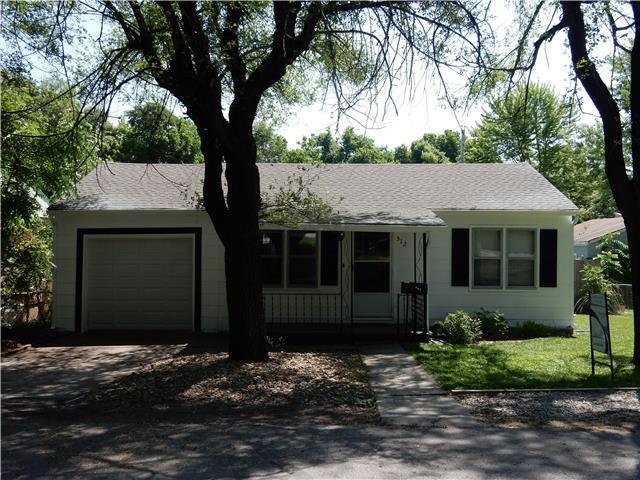 512 SW 12th St Blue Springs, MO 64015