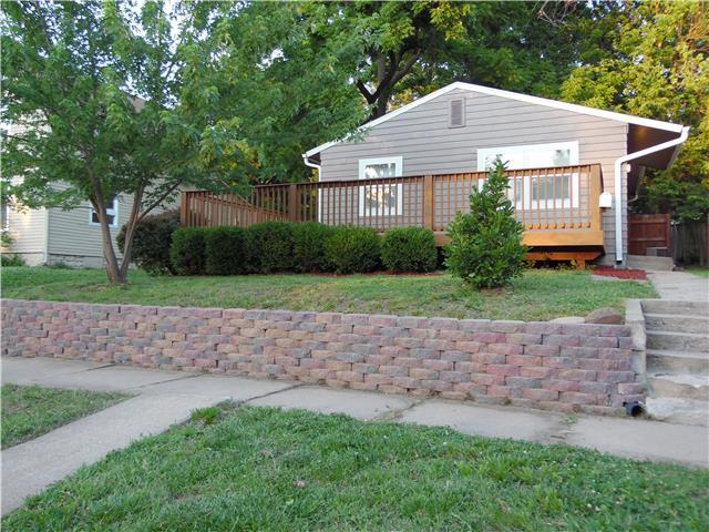 2606 SW Clay St Topeka, KS 66611