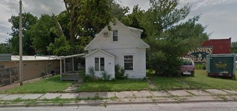 107 Texas St Abilene Ks For Sale Mls 2147469 Movoto