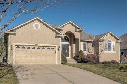 Wincrest Overland Park Real Estate 18 Homes For Sale In Wincrest Overland Park Ks Movoto
