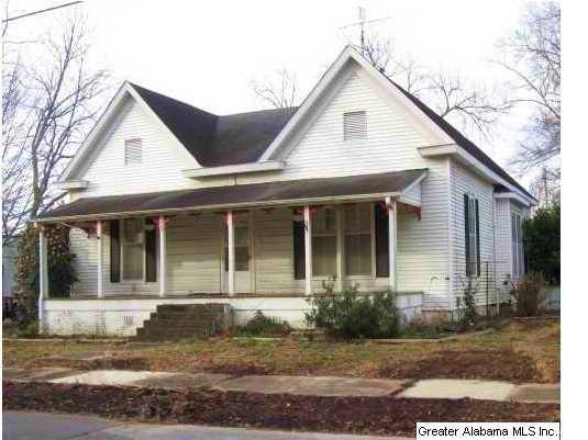 405 10th St, Clanton, AL