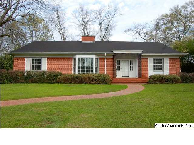906 5th Ave, Clanton, AL