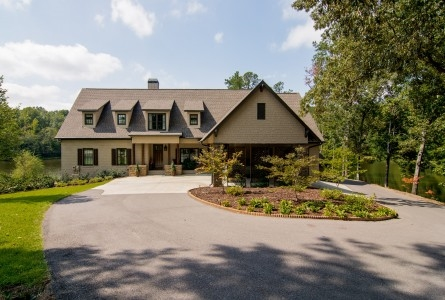 3465 Indian Lake Cir, Pelham, AL
