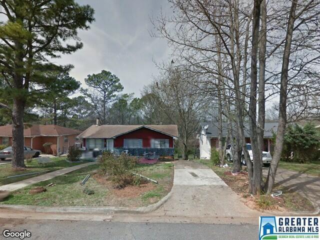 1016 Ave G Bessemer, AL 35020