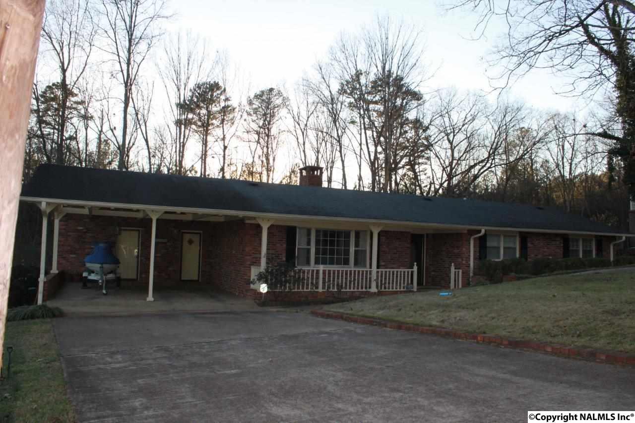 3444 Creek Cir, Guntersville, AL