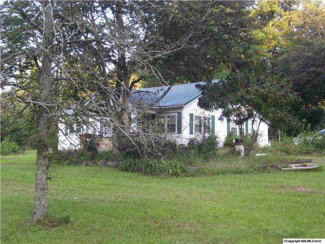 1039 Lay Springs Rd, Gadsden, AL