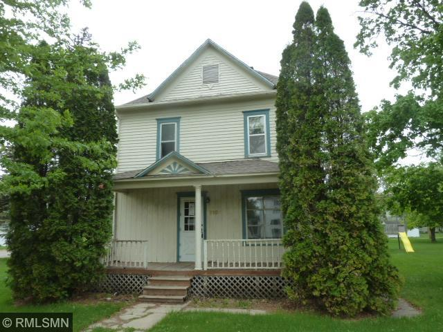 716 10th Ave, Clarkfield, MN