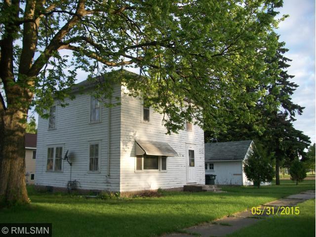 416 N Cottonwood, Winthrop, MN
