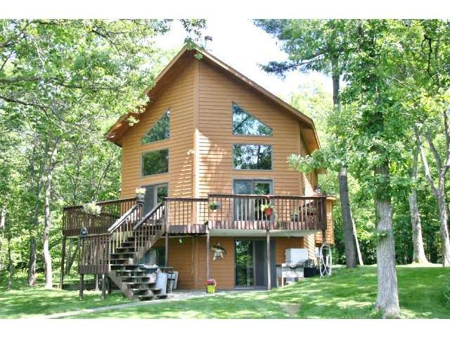 2270 Woodland Shrs, Luck WI 54853