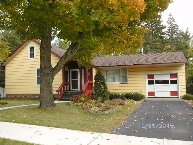 1770 2nd Ave, Cumberland, WI