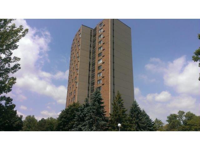 1181 Edgcumbe Rd #APT 315, Saint Paul, MN