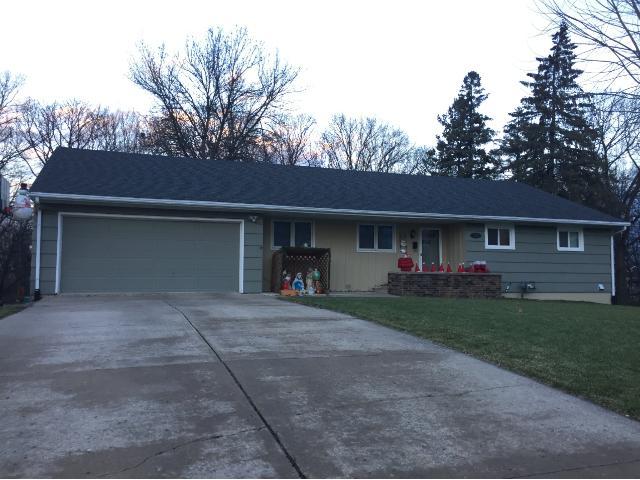 1218 Woodridge Pl, Owatonna, MN