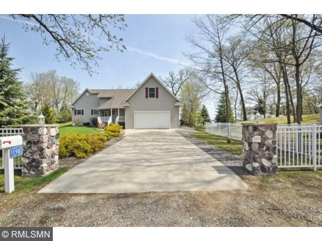 11982 103rd St, South Haven MN 55382