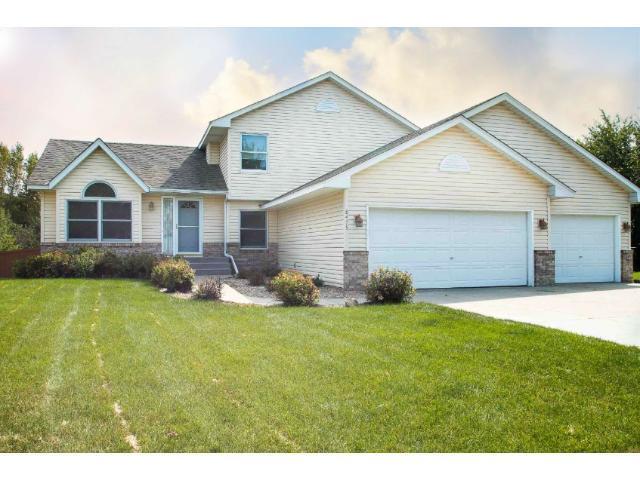8475 Jergen Ave, Cottage Grove MN 55016