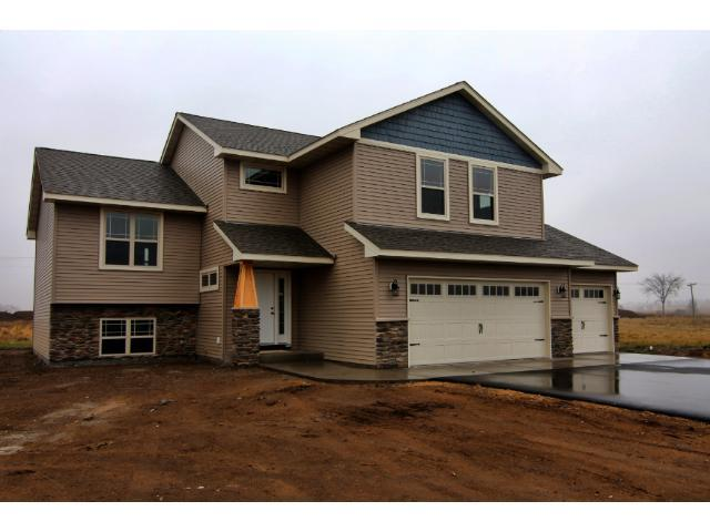 934 146th Ave, New Richmond WI 54017