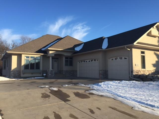 9495 Homeward Hills Rd, Eden Prairie MN 55347