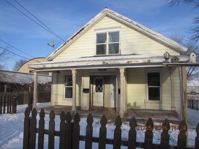 121 Benson Ave, Willmar, MN