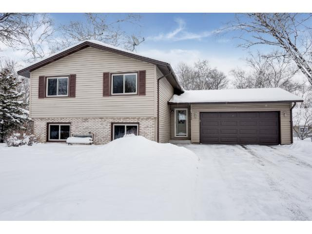 4466 Margaret St, Saint Paul MN 55119