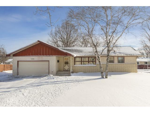 332 6th Ave, Osseo MN 55369