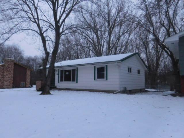 2234 Lois Dr, Saint Paul MN 55112