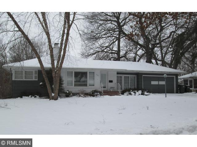 243 Glenbrook Rd, Wayzata, MN